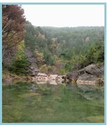 Imagen de tramo de las pozas, aguas arriba del Pozo Pigalo en el río Arba de Luesia.